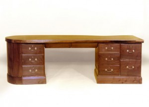 WalnutCustomDesk633