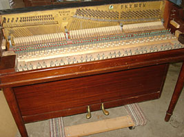 Bremen Upright Piano Photos